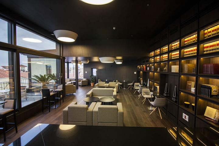 Imágen salon de la sede del cluba Cámara Madrid